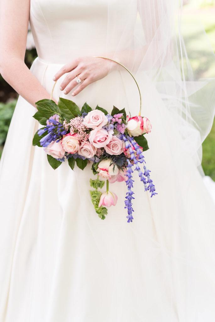 hoa cưới vòng