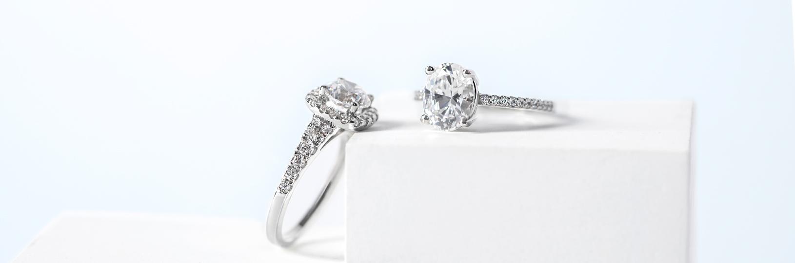 nhẫn cưới bạch kim