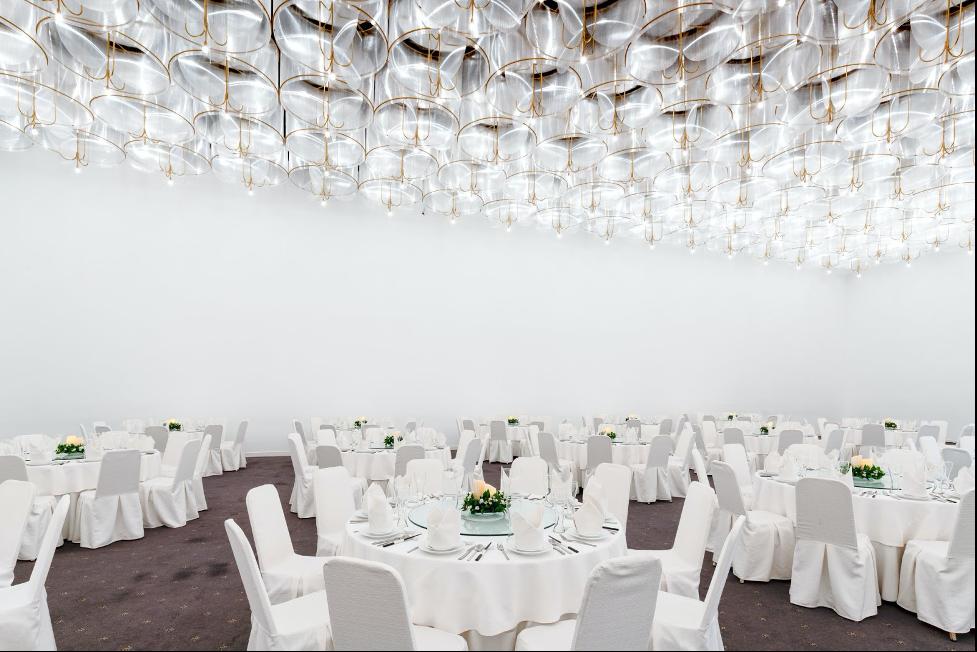 sảnh cưới trắng white palace