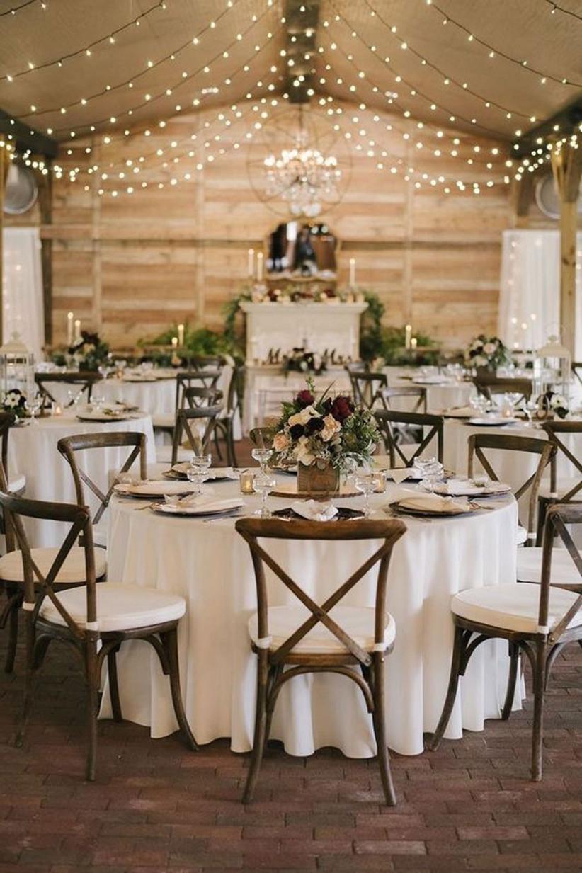 Trang trí tiệc cưới theo phong cách Rustic mộc mạc