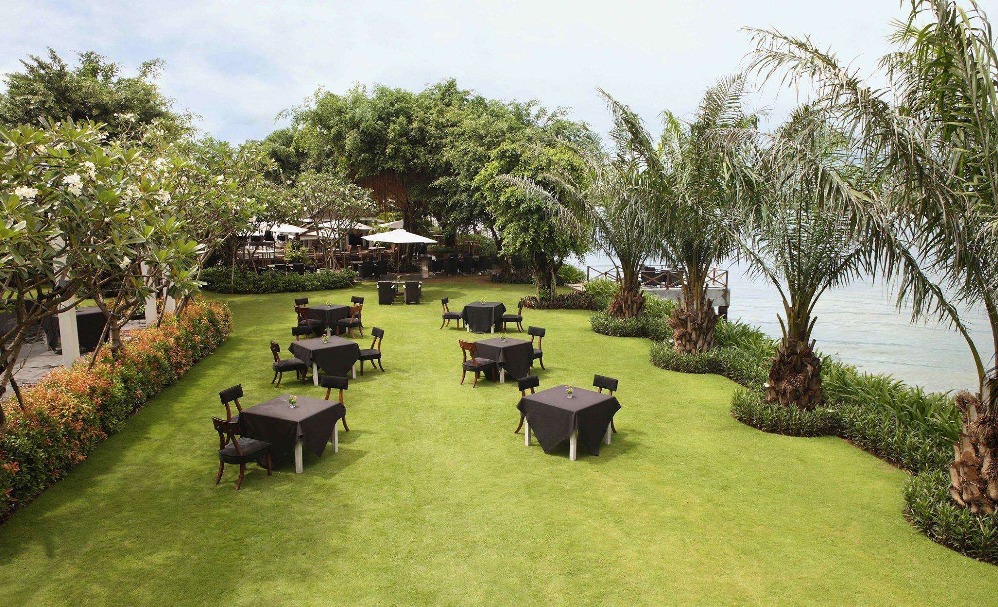 Thảo Điền Village - Tiệc cưới ngoài trời lãng mạn