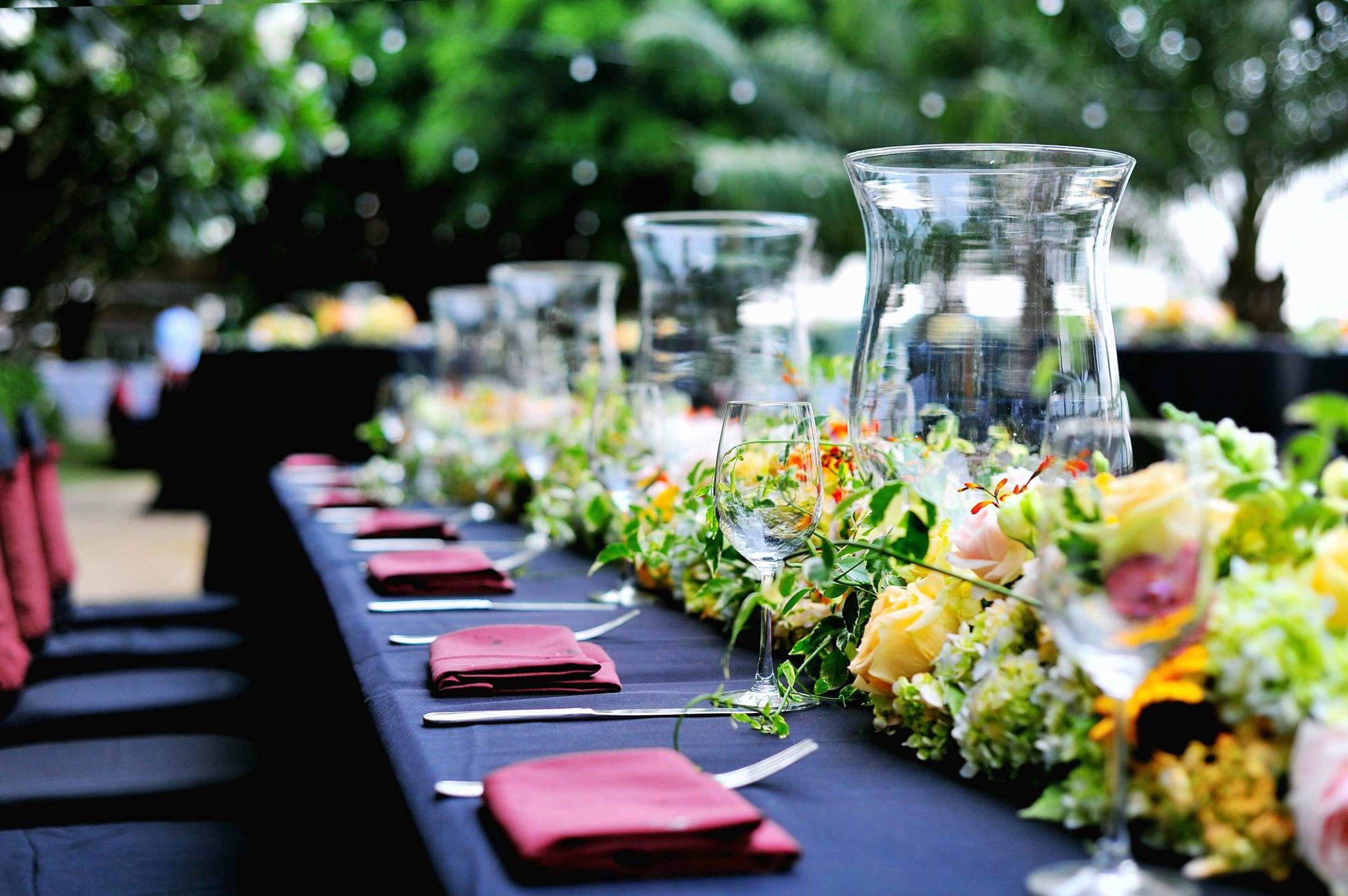 Trang trí tiệc cưới tại Thảo Điền Village - tiệc cưới ngoài trời lãng mạn