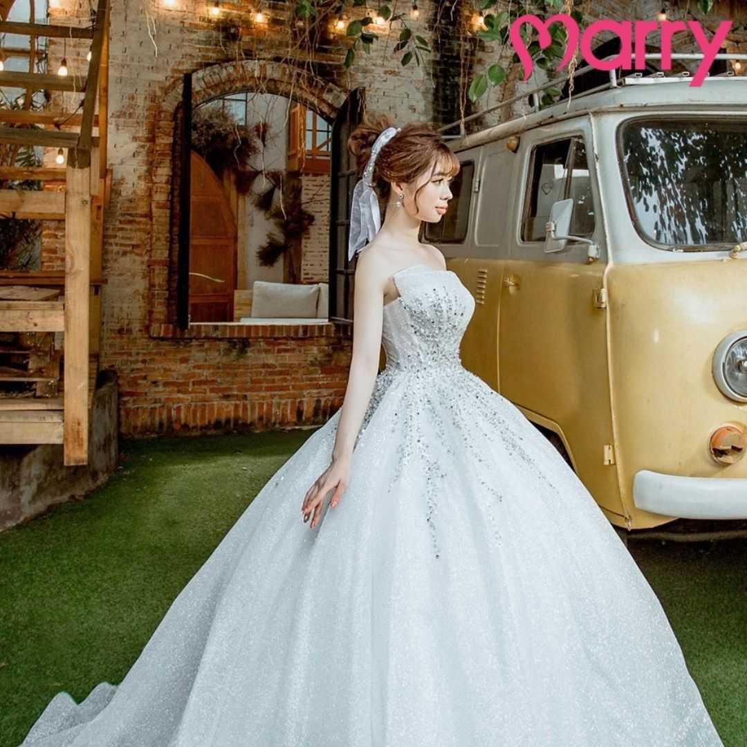 những mẫu váy cưới đẹp nhất 2021 - 3