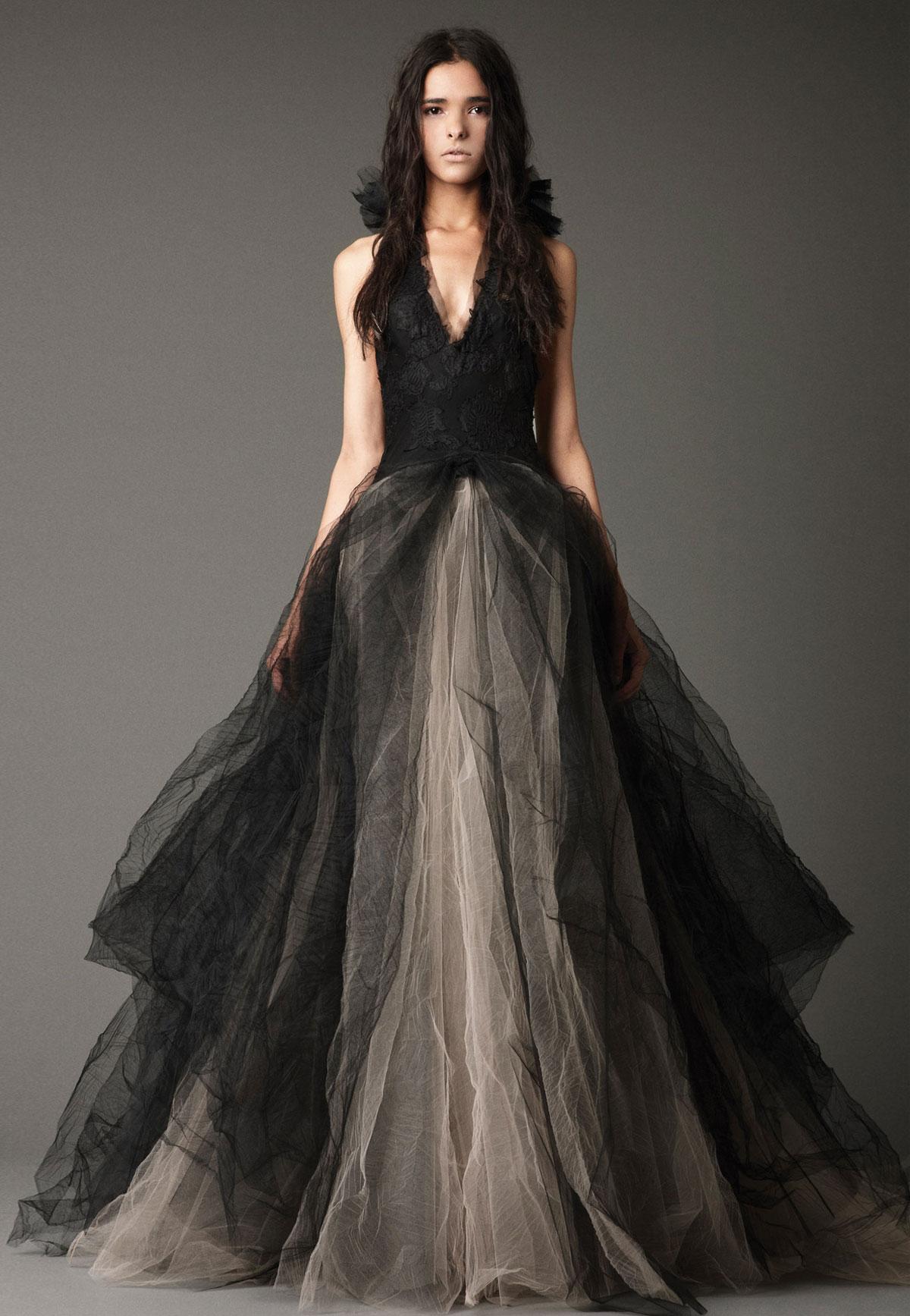 Váy cưới đen của Vera Wang