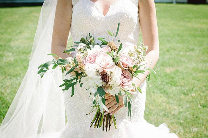 Ý nghĩa của những loại hoa cưới đẹp thông dụng