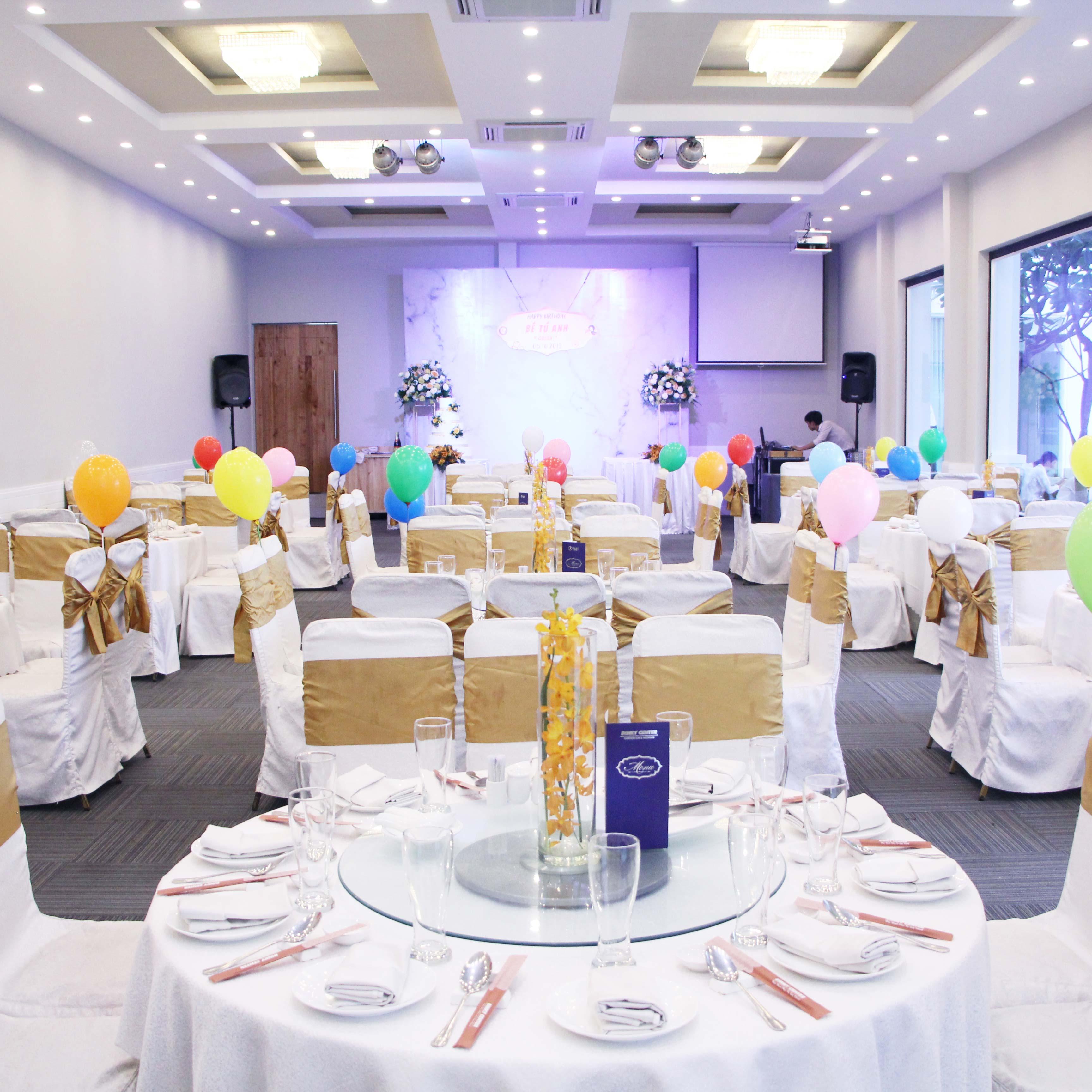 Nhà hàng tiệc cưới Dìn Ký