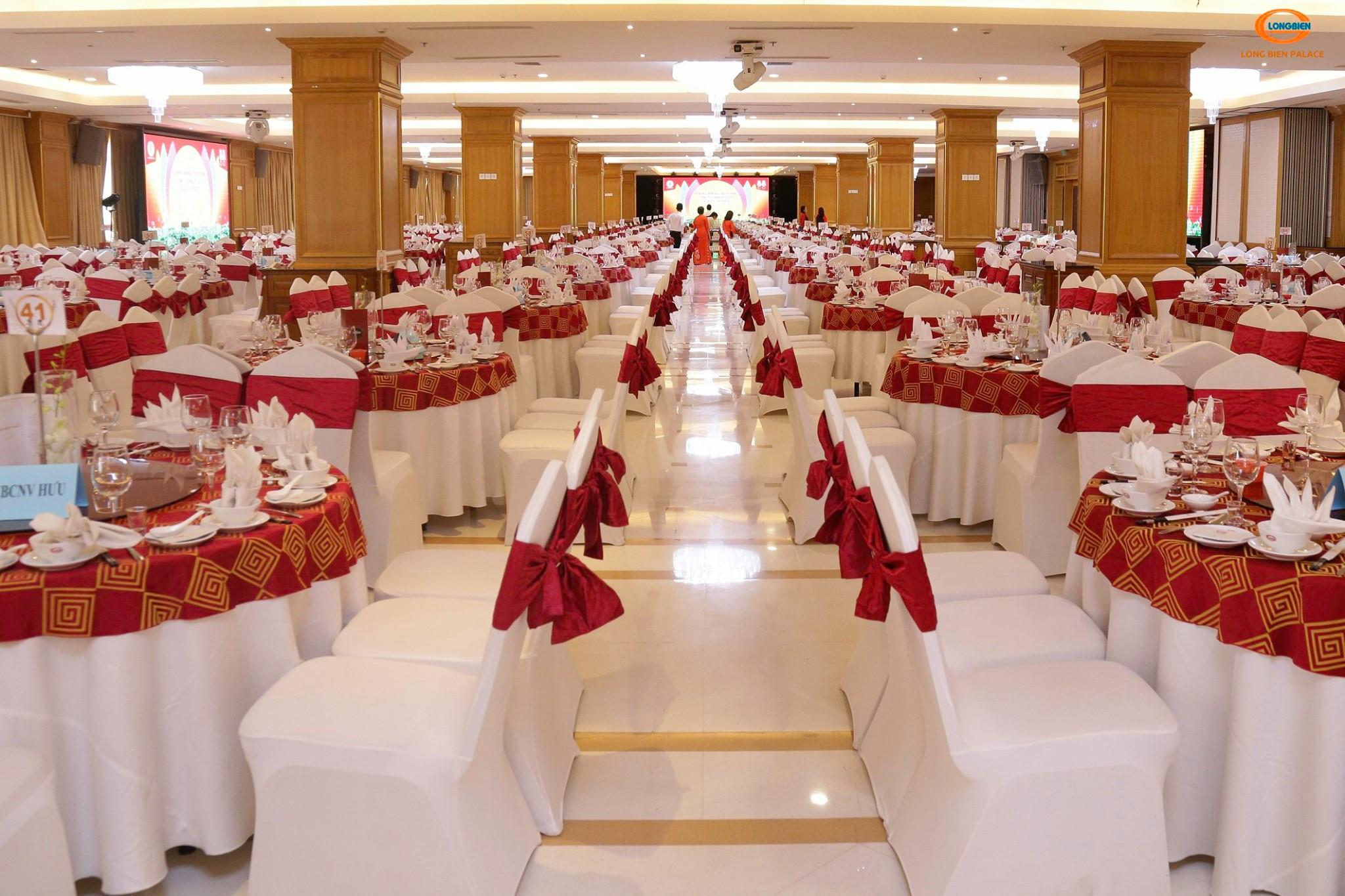 Long Biên Palace Marry