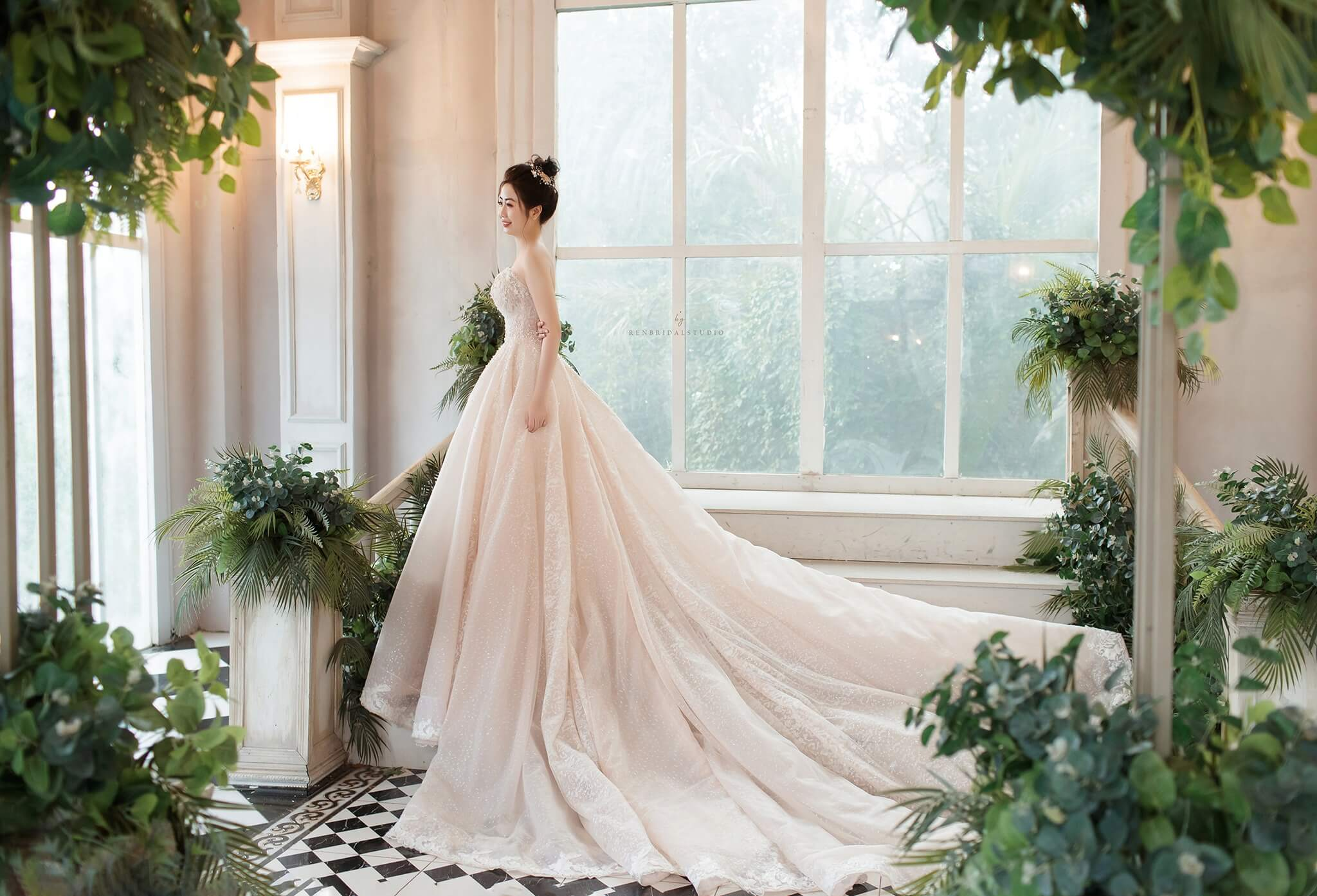 Ren Bridal Studio Marry
