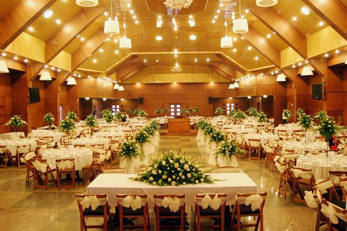 Lợi ích của thuê nhà hàng tiệc cưới