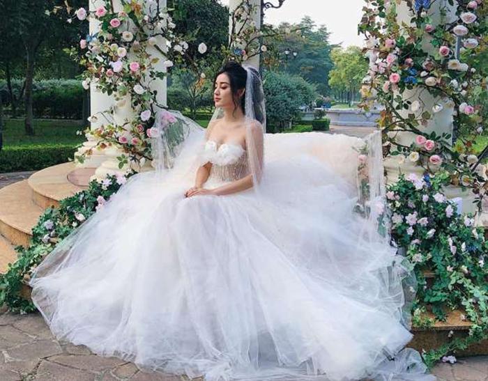 Cách chọn áo cưới