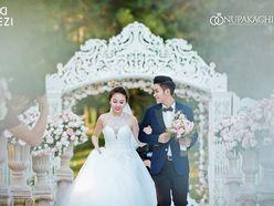Ảnh cưới lung linh của soái ca quân nhân Hải Dương & hot girl Hằng Túi gây siêu bão - DEZI