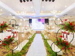 GÓI TRANG TRÍ ĐẶC BIỆT THE CIRCLE OF LOVE - Nhà hàng tiệc cưới hội nghị Dìn Ký Center