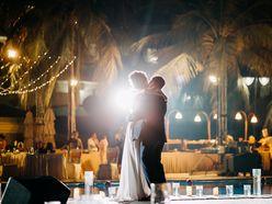 1. Quay phim Phóng sự cưới - The M.O.B Media - Phóng sự cưới
