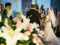 Đám cưới ngoài trời tại Rooftop Grand Lounge - Lầu 20 - Hotel Grand Saigon