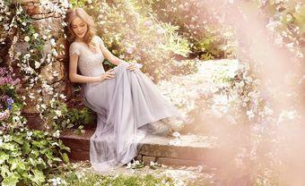 Tổng hợp 11 mẫu váy phụ dâu cổ điển không bao giờ lỗi mốt - Blog Marry