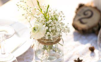 Trang trí bàn tiệc cưới với hoa baby trắng thuần khiết - Blog Marry
