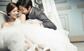 Gợi ý cách trang trí phòng cưới với màn khung đẹp tựa cổ tích - Blog Marry