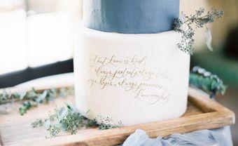 21 mẫu bánh cưới phong cách Calligraphy trang nhã - Blog Marry