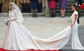 Top 10 mẫu váy cưới đắt nhất mọi thời đại - Blog Marry