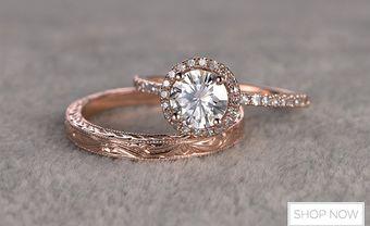 5 cách giúp bạn biết kích thước nhẫn đính hôn để tạo sự bất ngờ cho vợ tương lai - Blog Marry