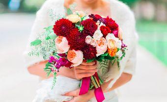Những bó hoa cưới màu đỏ quyến rũ cho cô dâu thêm phần nổi bật trong ngày trọng đại - Blog Marry