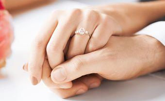 Đeo nhẫn cưới tay nào đúng để hạnh phúc trọn vẹn - Blog Marry