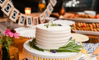 Những mẫu bánh cưới một tầng đơn giản mà ấn tượng - Blog Marry