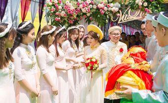 Những mẫu trang phục bê tráp đẹp cho cả nam và nữ trong đám hỏi, đám cưới - Blog Marry