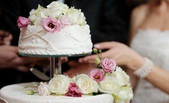 8 ý tưởng bánh cưới hình vuông cho cặp đôi hiện đại - Blog Marry