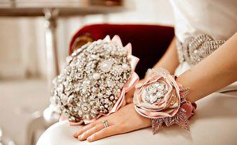 Độc đáo những bó hoa cưới kim loại dành cho cô dâu - Blog Marry