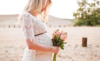 Váy cưới cho cô dâu mang bầu để trông vẫn thoải mái và sành điệu - Blog Marry