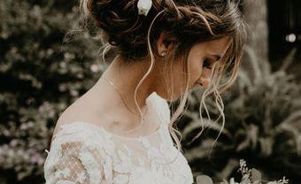 """10 kiểu tóc đẹp mê mẩn giúp cô dâu tỏa sáng, đặc biệt là gợi ý búi tóc để tránh bị """"dừ"""" - Blog Marry"""