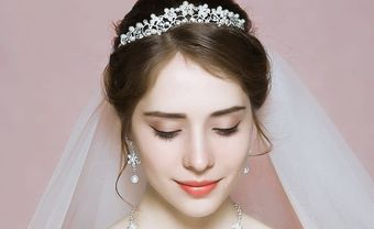 Những kiểu tóc cho cô dâu tóc ngắn siêu hot trong năm 2020 - Blog Marry