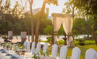 Tiệc cưới ngoài trời lãng mạn nhất Sài Gòn