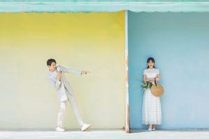 Mặc và tạo dáng thế nào khi chú rể thấp hơn cô dâu? - Blog Marry