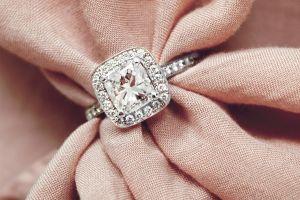 Chất liệu nhẫn cưới nào là phù hợp nhất với bạn? - Blog Marry