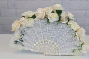 Hoa cưới cầm tay dành cho cô dâu mặc áo dài - Blog Marry