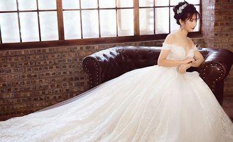 Những mẫu váy cưới đơn giản sang trọng mà mọi cô dâu đều yêu thích - Blog Marry