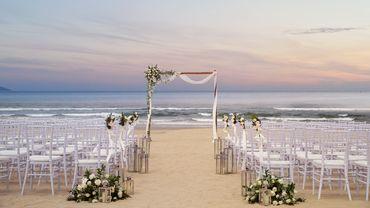 Không gian tiệc cưới bên biển - Sheraton Grand Danang Resort - Hình 1