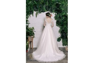 Váy dáng A tay lỡ cổ tròn, màu hồng - Caroll Trần Design - Hình 2