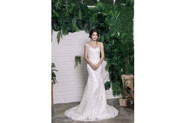 Váy đuôi cá lệch vai đính hoa vai & eo - Caroll Trần Design - Hình 1