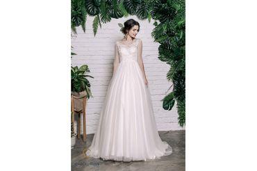 Váy dáng A tay lỡ cổ tròn, màu hồng - Caroll Trần Design - Hình 1