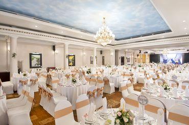 Bàn tiệc Ruby - Khách sạn Majestic Saigon - Hình 11