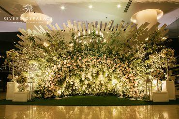 Tiệc cưới theo chủ đề ENDLESS LOVE - Tình yêu vô tận - Riverside Palace - Hình 1