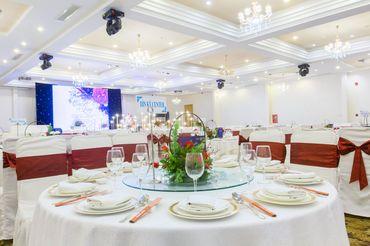 GÓI TRANG TRÍ ĐẶC BIỆT THE CIRCLE OF LOVE - Nhà hàng tiệc cưới hội nghị Dìn Ký Center - Hình 2