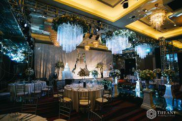 Trang trí hội trường - Khách sạn hoa tươi - Style 2 - Tiffany Wedding and Event - Hình 10