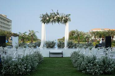 Tiệc cưới bên Hồ bơi Vô Cực  - Sheraton Grand Danang Resort - Hình 1