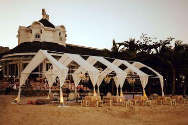 Bãi biển bên vịnh Ngọc Lục Bảo  - JW Marriott Phu Quoc Emerald Bay Resort & Spa - Hình 10