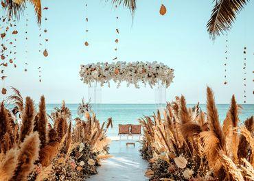 Bãi biển bên vịnh Ngọc Lục Bảo  - JW Marriott Phu Quoc Emerald Bay Resort & Spa - Hình 1