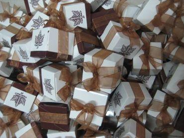Hộp quà cưới tổng hợp - Bánh May Mắn - Hình 15